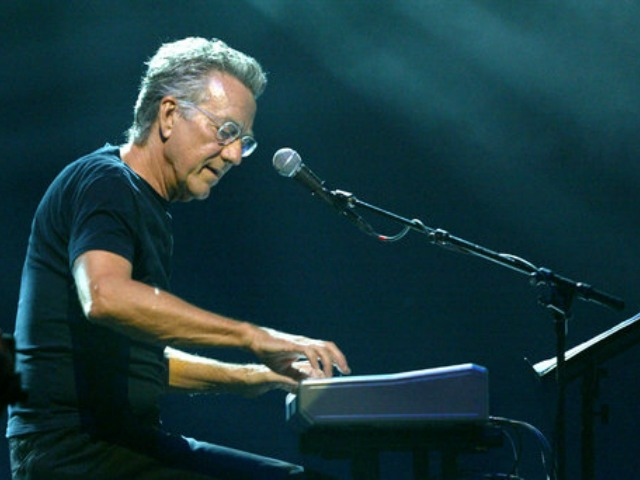 Ray Manzarek performing in 2004.Credit Matthew Peyton/Getty Images